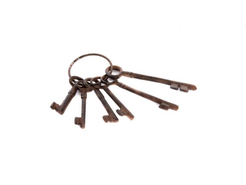 Adorno de hierro colado 6 llaves 8 21 for Hierro colado