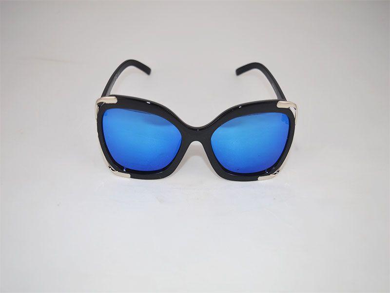 5591a7fbe Gafas de sol mujer cuadradas con montura gruesa y lentes polarizadas azules