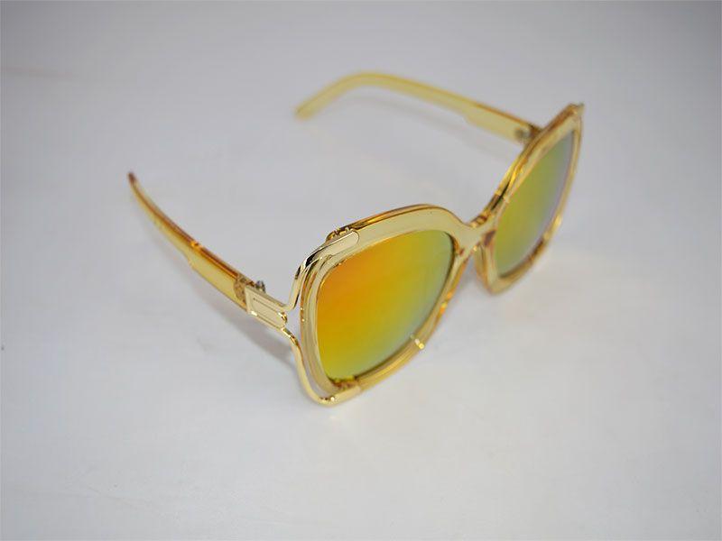 f5facfad1f Gafas de sol mujer cuadradas con montura gruesa y lentes polarizadas naranja  y amarillo