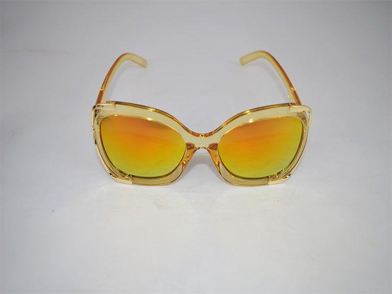 a39c4d888a Gafas de sol mujer cuadradas con montura gruesa y lentes polarizadas naranja  y amarillo
