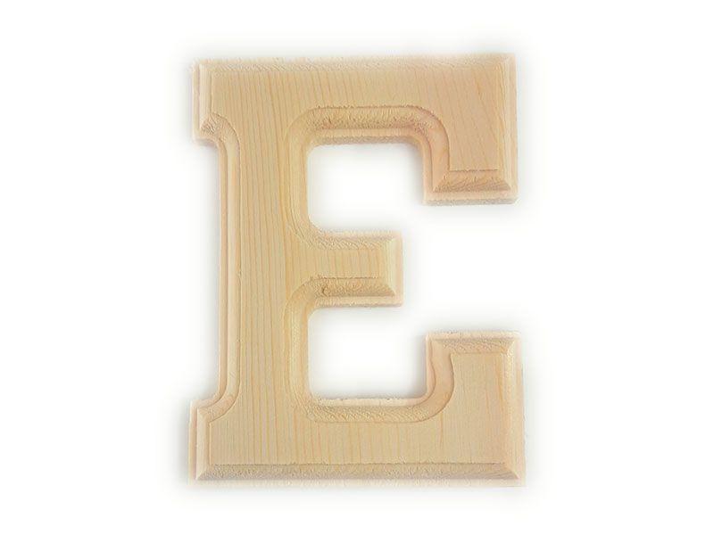 Elegante letra E del abecedario castellano realizada en madera maciza de primera calidad