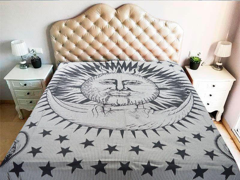 Tela mandala 100% algodón con decoración del Sol y la Luna sobre fondo beige a raya