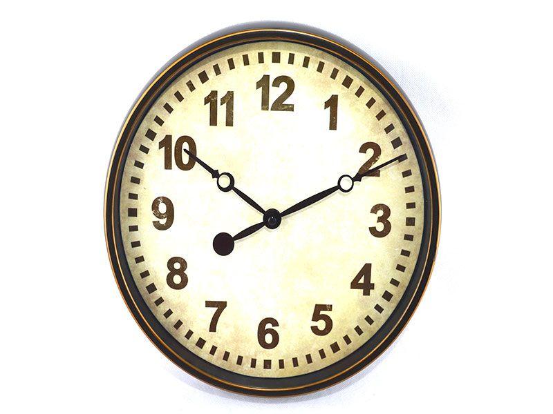 b6364dcf2 Reloj redondo de pared vintage realizado de pvc envejecido dos diseños  entre los que elegir