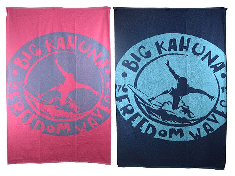 Toalla para  la playa o piscina 100 x 170 cm realizada de 100% algodón de primera calidad BIG KAHUNA FREEDOM WAVES