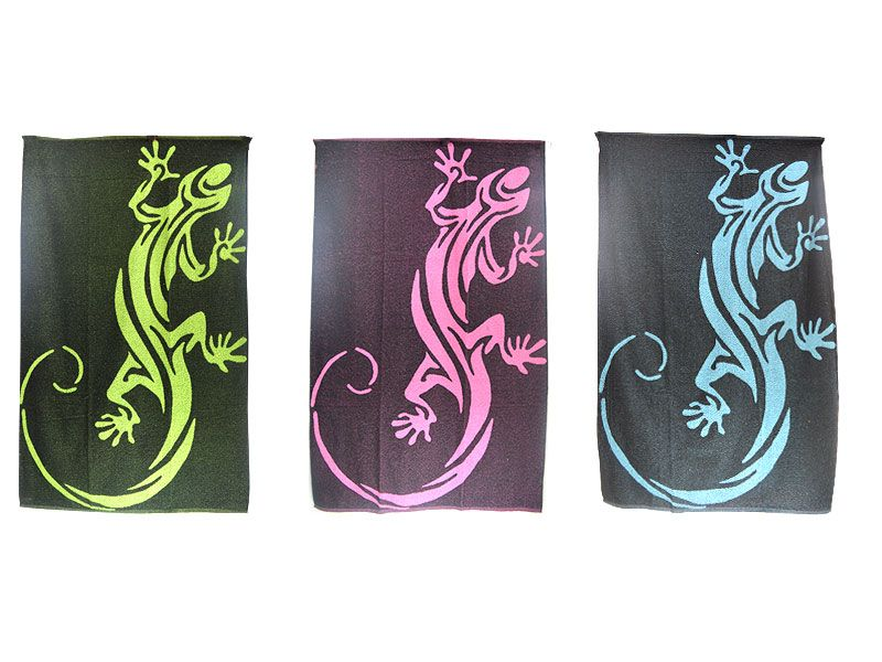 Toalla de playa 100x170 cm 100% algodón con diseño tribal de gecko de colores sobre fondo negro